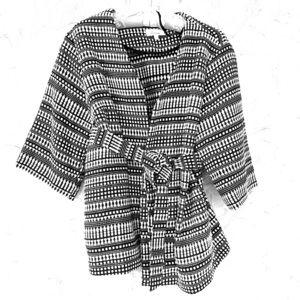 Black & White 3/4 Sleeve Jacket